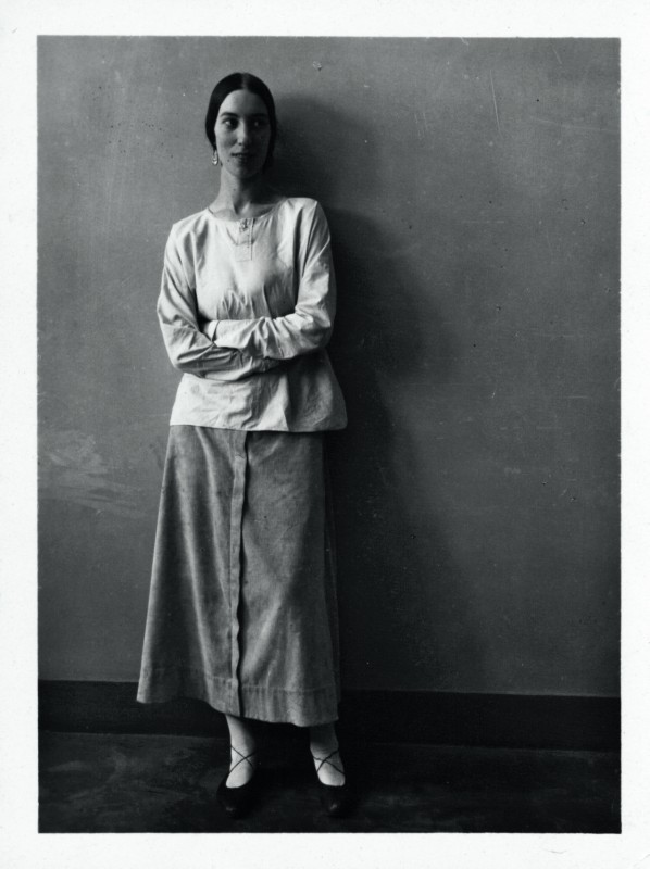 the first retrospective of re acclaimed artist winifred knights